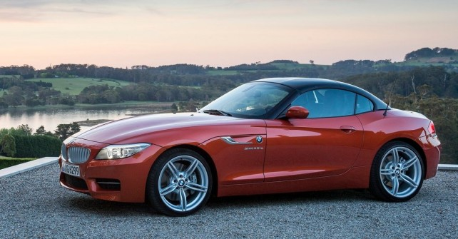 BMW Z4 Specifications, Price, Mileage, Pics, Review