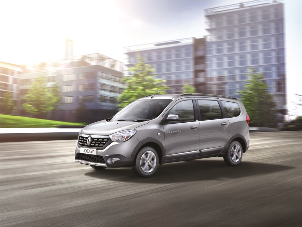 Renault Lodgy Specifications, Price, Mileage, Pics, Review