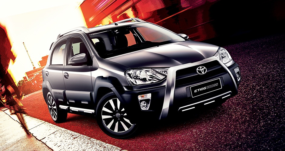 Toyota Etios Cross Specifications, Price, Mileage, Pics, Review