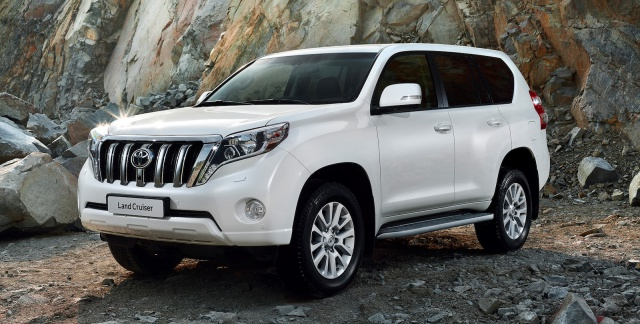 Toyota Land Cruiser Prado Specifications, Price, Mileage, Pics, Review