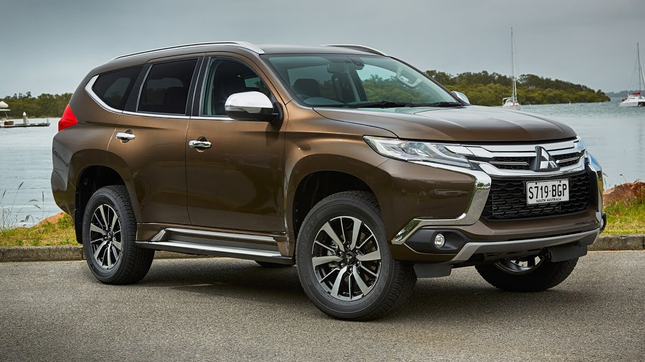 Mitsubishi Pajero Sport Specifications, Price, Mileage, Pics, Review