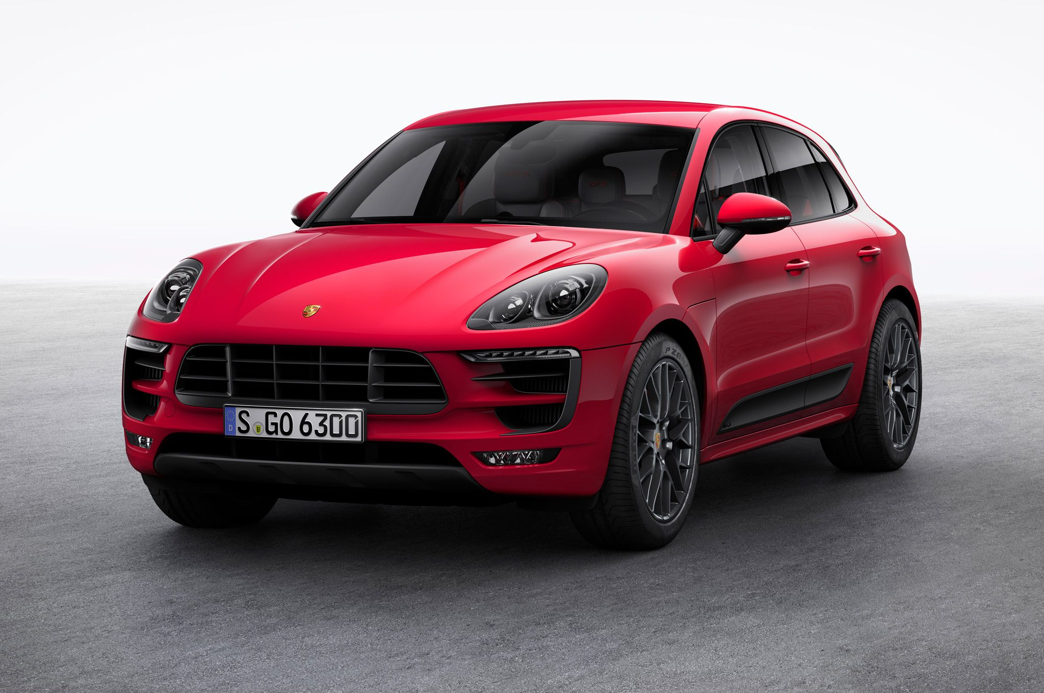 Porsche Macan Specifications, Price, Mileage, Pics, Review
